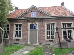 Huis Clippeleyr vooraanzicht (2)